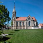 Panorama mit der Pfarrkirche St. Johannes & Paulus im Ortsteil Vilsingen